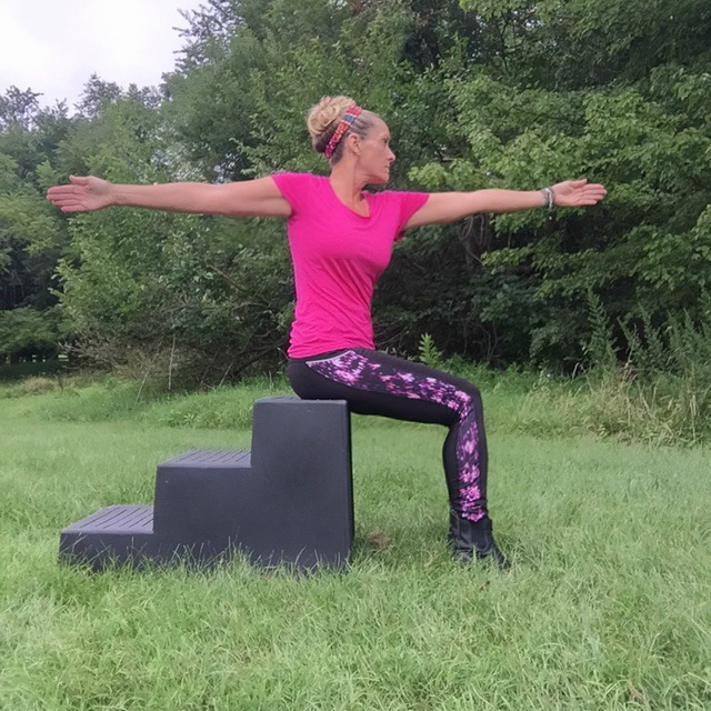 HorseRiderYoga_Warrior 2 A